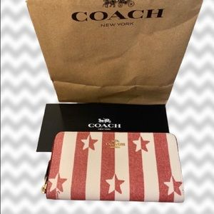 BNWT Coach Americana Zip up Wallet AUTHENTIC NWT